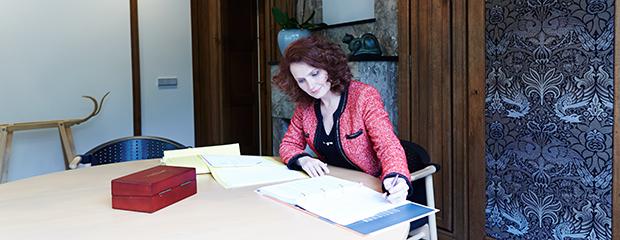 Johanna Six-Van der Werf, advocaat bij Bres advocaten